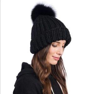 🆕 Eugenia Kim Rain Pom Pom Black & Red Fur Hat